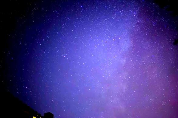 Ένα εντυπωσιακό timelapse από την «βροχή αστεριών» στην Πάτρα (video)
