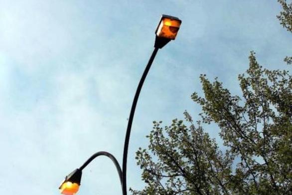 Το troll στην Πάτρα με τα φώτα συνεχίζεται - Κλειστά τη νύχτα, ανοικτά την μέρα