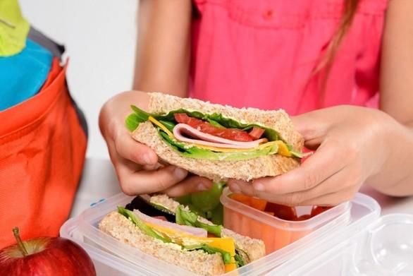 Ξεκινά και φέτος πρόγραμμα διανομής τροφίμων στους μαθητές των σχολείων