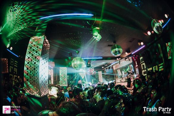Τετάρτη βράδυ στην Ηφαίστου, θα γίνει το ίδιο party σε δύο club με ακριβώς την ίδια μουσική!