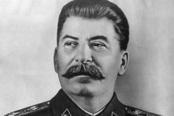 Σαν σήμερα 6 Οκτωβρίου ο Στάλιν ανακοινώνει ότι η Ρωσία διαθέτει ατομική βόμβα