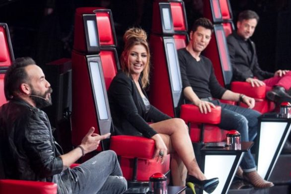 The Voice: Γύρισαν και οι τέσσερις καρέκλες για την πρώην παίκτρια του Fame Story! (video)