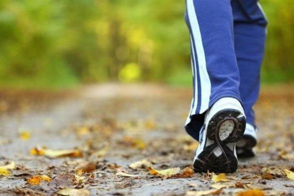 Πόσες ώρες περπάτημα την εβδομάδα αρκούν για να μειωθεί ο κίνδυνος πρόωρου θανάτου;