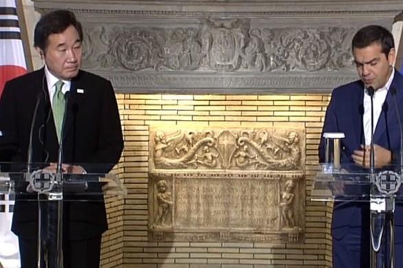 Σε live μετάδοση οι κοινές δηλώσεις του Αλέξη Τσίπρα με τον Lee Nak-Yon (video)