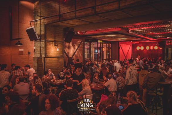 Bb King - Μας προσκαλεί την Κυριακή σε ένα μεσημεριανό live που υπόσχεται πολλά!