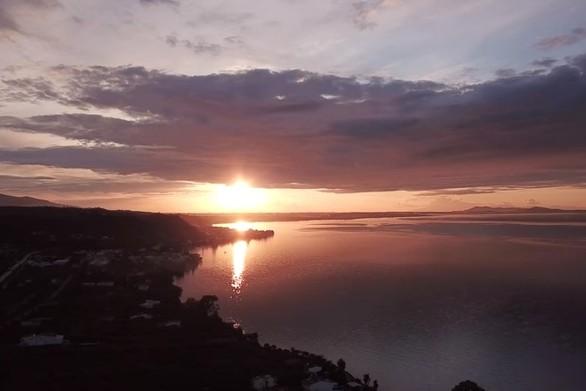 Ηλιοβασίλεμα στα Βραχναίικα - Ώρα να χαλαρώσεις και να κοιτάξεις τον ουρανό (video)