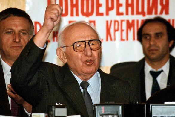 Σαν σήμερα 18 Νοεμβρίου καταρρέει το κομμουνιστικό καθεστώς στη Βουλγαρία