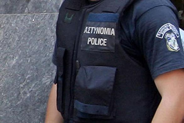 """Αχαΐα: Ούτε γιλέκα δεν υπάρχουν στα Αστυνομικά Τμήματα - """"Σαράβαλα"""" τα περιπολικά"""