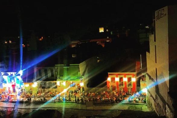 Πάτρα: Ζητείται barwoman σε γνωστό στέκι της Ηφαίστου