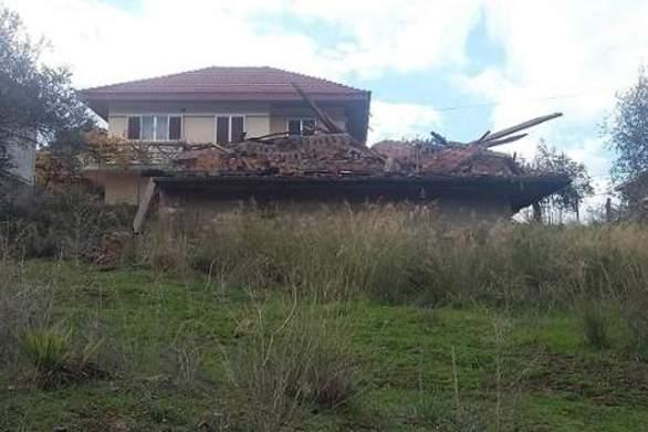 Απίστευτο περιστατικό στο Αγρίνιο - Κατεδάφισαν λάθος σπίτι!
