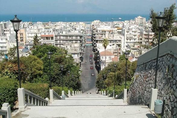 Πάτρα: Πωλούνται σπίτια ακόμη και με 500 ευρώ το τετραγωνικό μέτρο