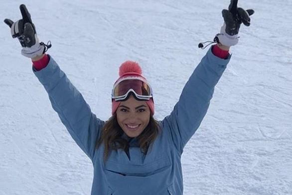 Στο Χιονοδρομικό των Καλαβρύτων και η Ευρυδίκη Βαλαβάνη! (φωτο)
