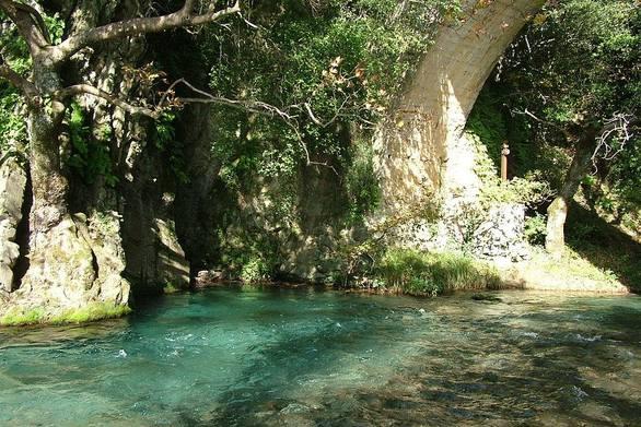 Ο ποταμός που χαρίζει την αιώνια ζωή πηγάζει στην Πελοπόννησο! (pics)