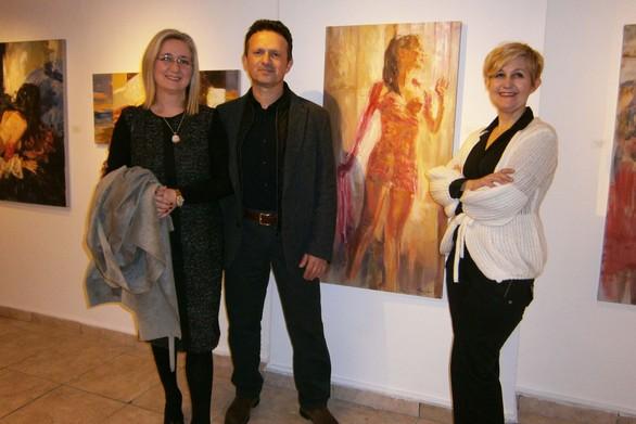 """Πάτρα: Πραγματοποιήθηκαν τα εγκαίνια της έκθεσης """"Indoors"""" του Ανδρέα Κοντέλλη! (pics)"""
