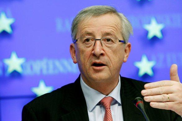 O Γιούνκερ δηλώνει ικανοποιημένος με τη συμφωνία στη Γερμανία