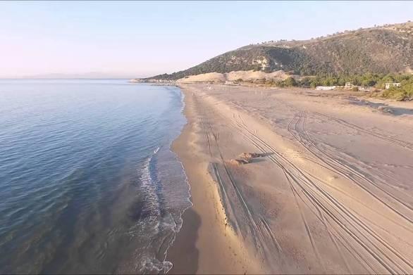 Η Καλόγρια εν έτει…1986 - Ένα ρετρό βίντεο από την παραλία της καρδιάς μας!