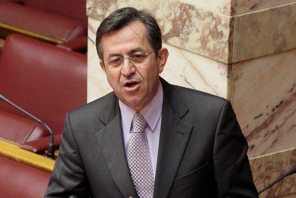 """Νίκος Νικολόπουλος: """"Ξύλινες απαντήσεις για την παιδική εκμετάλλευση"""""""