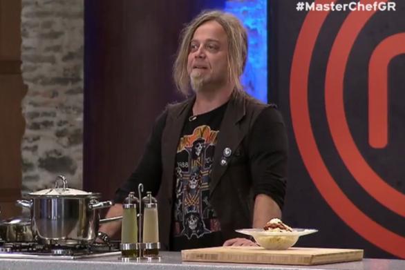 Ο Γιώργος Ελεύθερας μαγείρεψε για τους κριτές του Master Chef 2 (video)