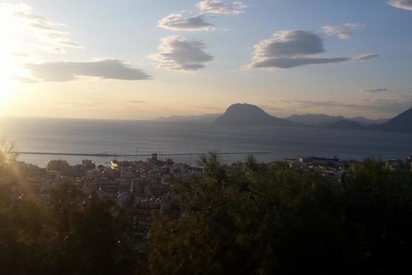 Η θέα από το Δασύλλιο της Πάτρας