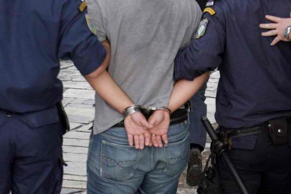 Αγρίνιο: Στα χέρια της Αστυνομίας νεαρός που έκλεβε οχήματα