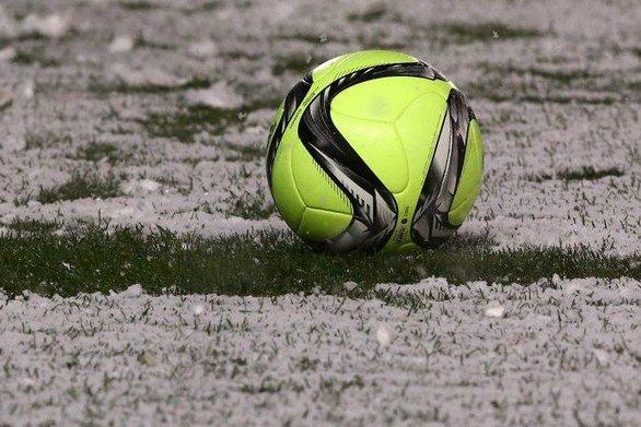 Λασπωμένη μπάλα σε ματς αγγλικού πρωταθλήματος έγινε viral (pic)