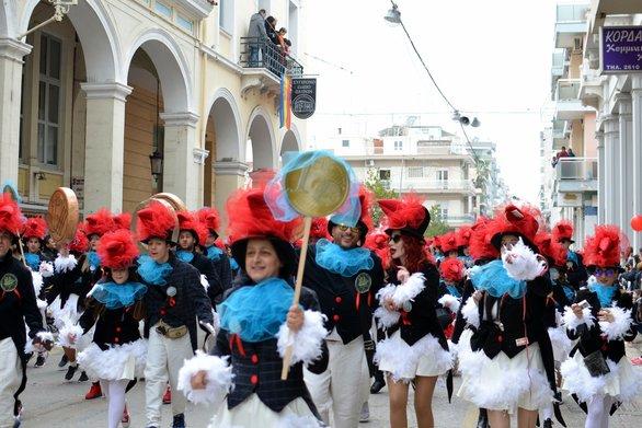 Το «μωσαϊκό» του φετινού Πατρινού Καρναβαλιού μέσα από highlights (vids)