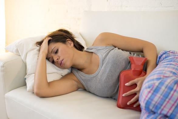 Πόνοι περιόδου: Πως θα περάσουν χωρίς χάπια