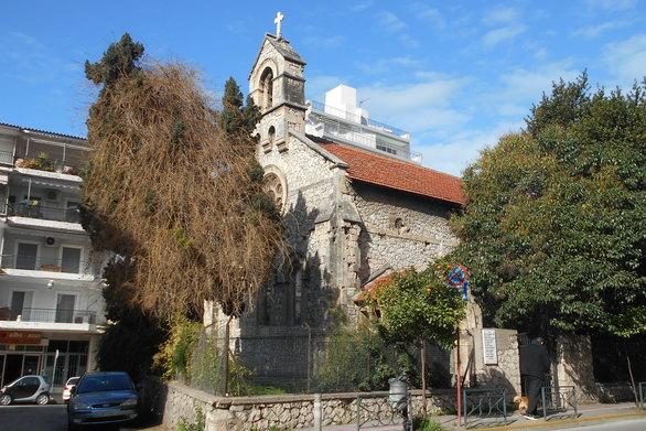 Η εκκλησία που μαρτυρά την κάποτε οικονομική ισχύ της Πάτρας (pics)