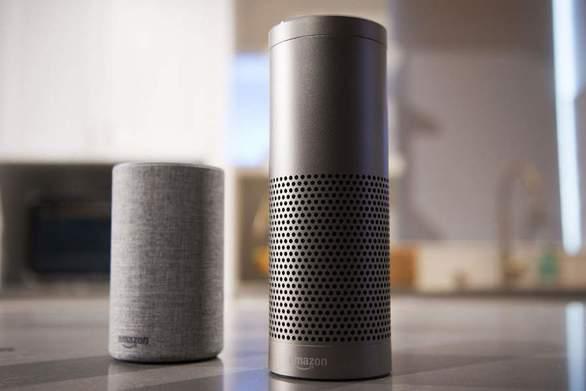 Η Alexa της Amazon ξεσπά μόνη της σε ανατριχιαστικά γελάκια