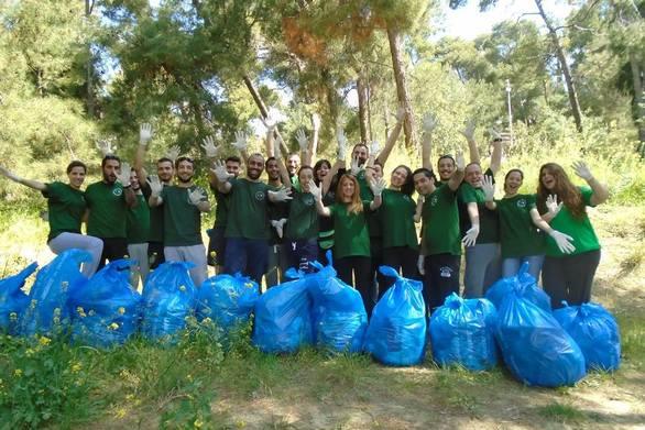 Πάτρα - Μια εθελοντική δράση για να διατηρηθεί το Δασύλλιο καθαρό!