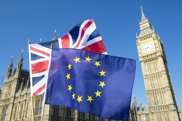 ΕΕ και Βρετανία συμφώνησαν για το Brexit