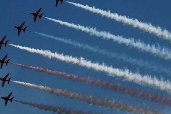 Συνετρίβη αεροσκάφος επίδειξης της Red Arrows στη Βρετανία