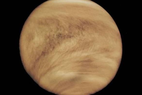 Κρύβεται εξωγήινη μορφή ζωής στα νέφη της Αφροδίτης;