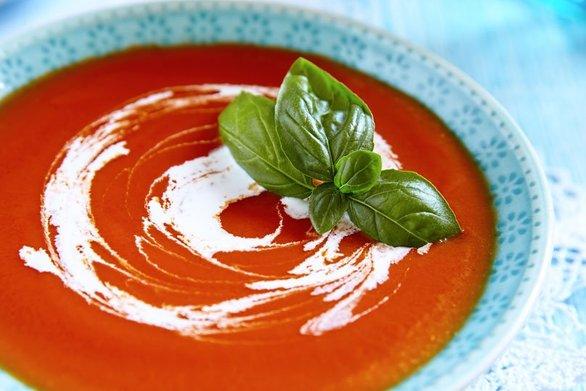 Αρωματική βελουτέ ντοματόσουπα