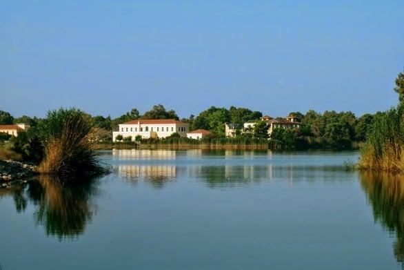 """""""Στις σκιές του χρόνου"""" - Επίσκεψη στο νησάκι της Αγίας Αικατερίνης, στη λίμνη Καΐάφα (video)"""