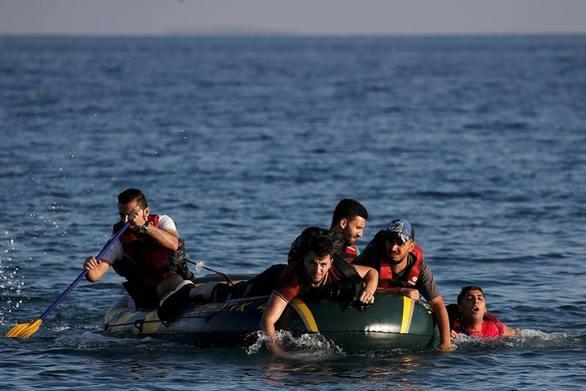 Διασώθηκαν πρόσφυγες στη Μυτιλήνη