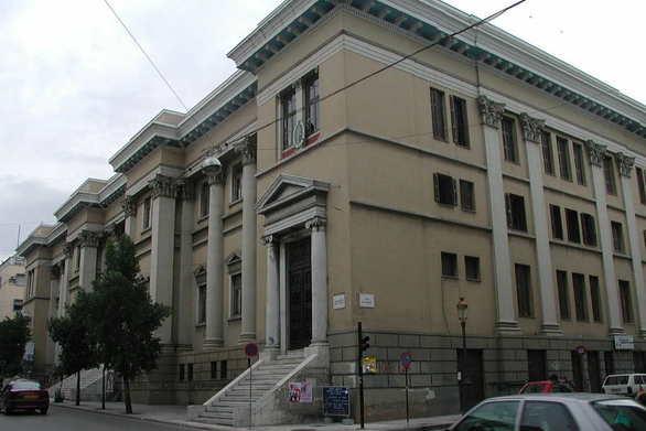 Πάτρα - Εκκενώθηκε το Δικαστικό Μέγαρο μετά από τηλεφώνημα για βόμβα