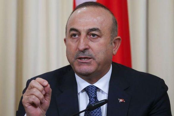 """Τσαβούσογλου: """"Παράνομη η όποια στρατιωτική λύση στη Συρία"""""""