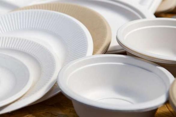 Προσεχώς... τέλος για  τα πλαστικά πιάτα μιας χρήσης