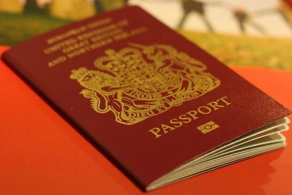 Ηγουμενίτσα: Προσπάθησαν να ταξιδέψουν με ξένα έγγραφα