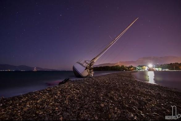 """Το ιστιοφόρο που """"έβγαλαν"""" οι άνεμοι στην ακτή του Δρεπάνου, μετατράπηκε σε ένα νέο αξιοθέατο!"""