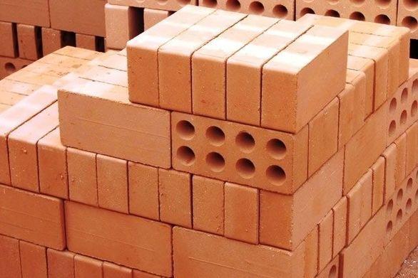 Δείτε πώς φτιάχνονται τα τούβλα (video)