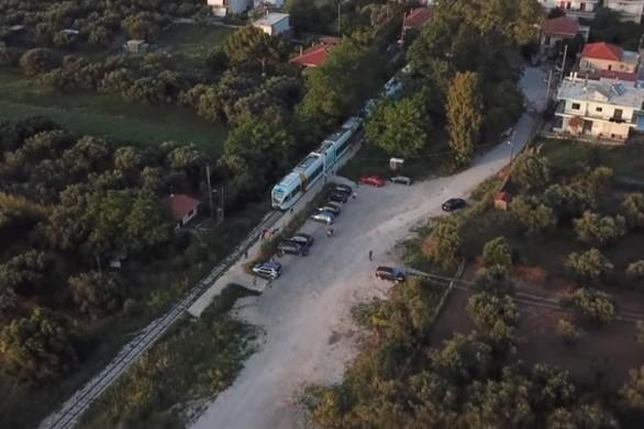 """Η Πάτρα και οι επιβάτες της """"λαχταρούν"""" ήδη το τρενάκι τους (video)"""