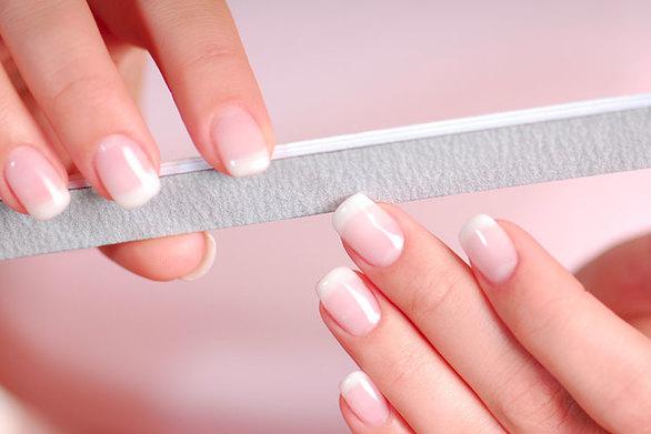 Ποια είναι η καλύτερη λίμα για να λιμάρετε τα νύχια σας;