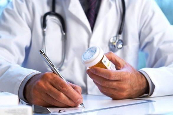 Αντίθετος με τις νέες συμβάσεις ιατρών ο Πανελλήνιος Ιατρικός Σύλλογος