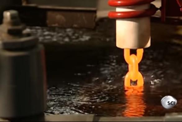 Δείτε πως φτιάχνονται οι αλυσίδες (video)
