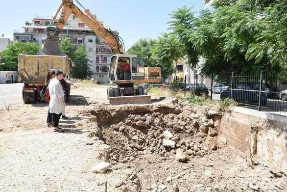 Πάτρα: Ξεκίνησαν οι εκσκαφές στο 3ο Γυμνάσιο (φωτο)