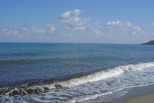 Αχαΐα - Εξουδετερώθηκε νάρκη στην παραλία της Λακκόπετρας