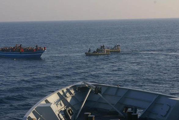 Ακόμα δύο πλοία με διασωθέντες μετανάστες δεν θα γίνουν δεκτά στην Ιταλία