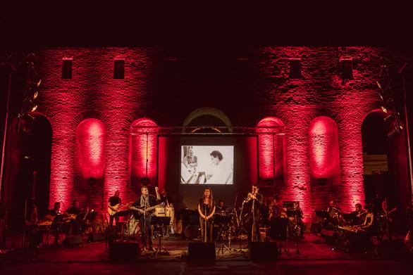 Αγαπημένα τραγούδια μεγάλων Ελλήνων και ξένων συνθετών θα απολαύσουμε στο Ρωμαϊκό Ωδείο Πατρών!